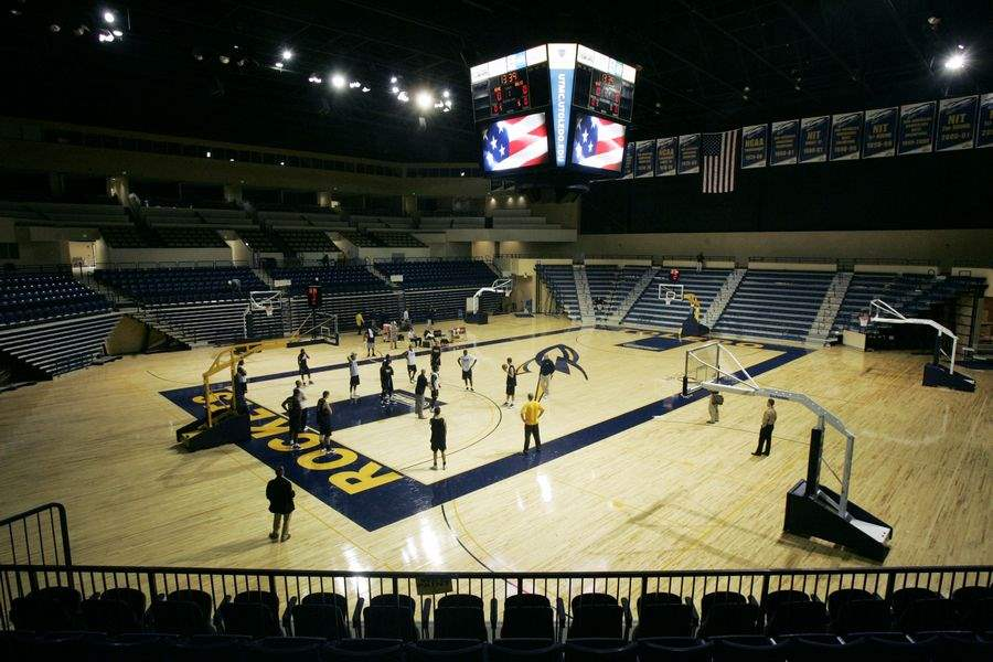 UT-S-SAVAGE-ARENA-BETTER-THAN-NEW