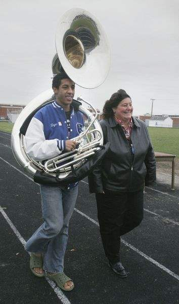 2-local-students-picked-for-Rose-Parade-band-2