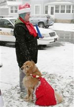 HOUNDS-THEIR-HANDLERS-PARADE-FOR-THE-HOLIDAY-3