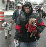 HOUNDS-THEIR-HANDLERS-PARADE-FOR-THE-HOLIDAY-4