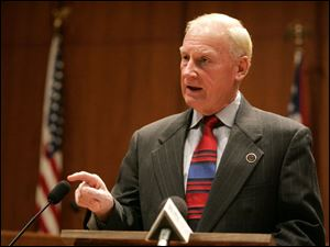 Mayor Carty Finkbeiner called on unions to compromise 'and be a little less hung up on every procedural move.'