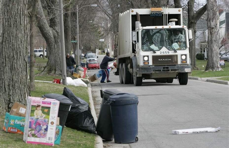 City-of-Toledo-prepares-to-start-overhaul-of-refuse-pickup