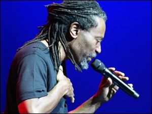 Bobby McFerrin will perform with the Toledo Symphony Friday and Saturday.