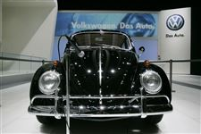 Automakers-inspired-by-designs-from-years-past-3