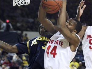Ohio State's William Buford, a Libbey graduate, scored 15 points in the Buckeyes' victory Saturday night in Crisler Arena.