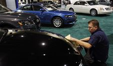 Car-lovers-get-bonuses-at-Toledo-show