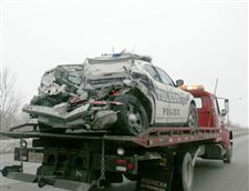 Collision-with-semi-on-I-75-injures-2-city-police-officers