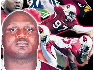 Bryan Robinson brought experience to the Cardinals and anchors a defense that has Arizona in Sunday's Super Bowl.