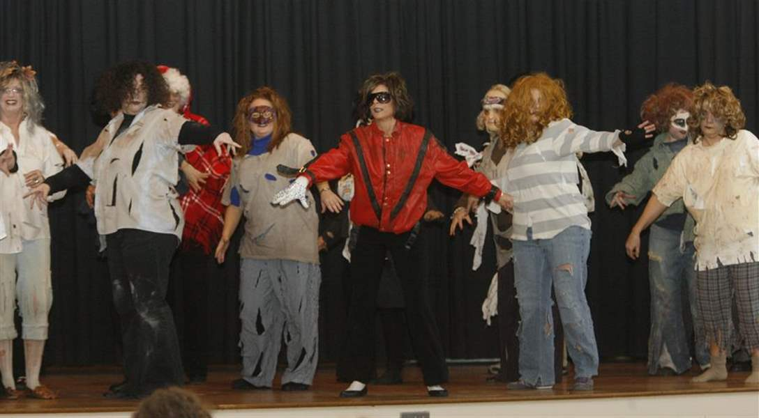 Thriller-a-thriller-at-Custer-Elementary