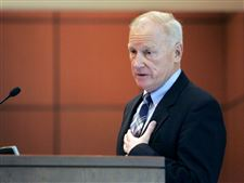 Finkbeiner-lobbies-for-share-of-stimulus