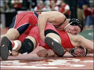 Dave Pickerel beat Branko Busick of Steubenville in the D-II 215-pound semifinal.