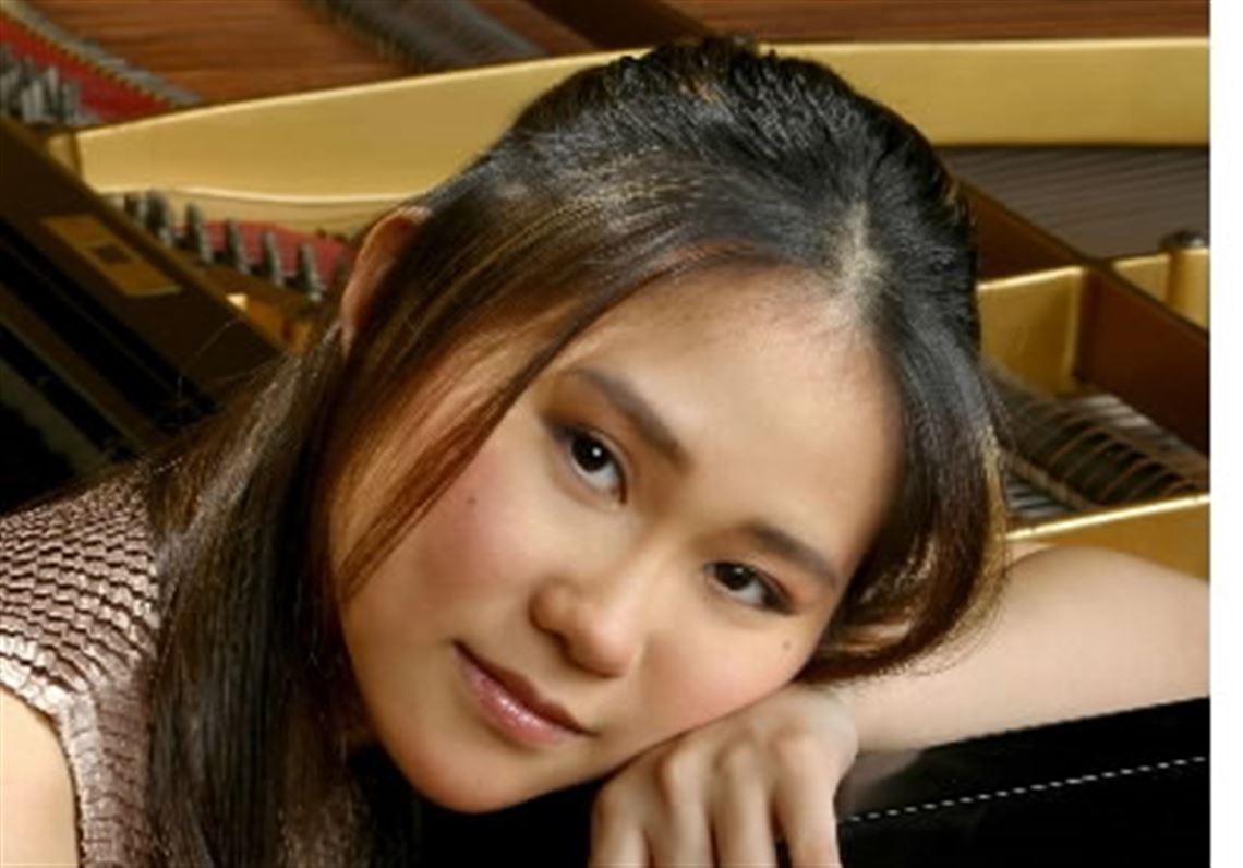 Yuja Wang birthday is on February 10.