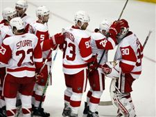 Red-Wings-beat-Ducks-to-pull-even-in-series