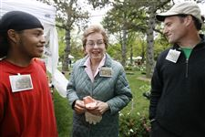 Kaptur-cultivates-Victory-Garden-for-donations-to-Toledo-area-food-banks
