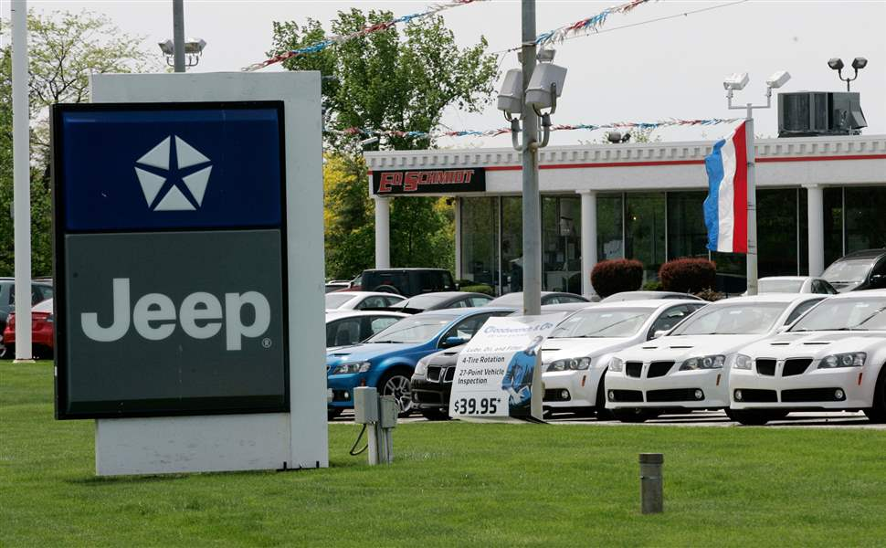 Chrysler-to-end-contract-with-5-regional-dealers