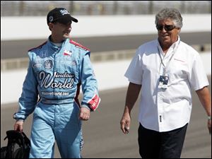 John Andretti, left, nephew of former Indianapolis 500 winner Mario Andretti, right, will compete in today's race thanks to a sponsorship deal with former NASCAR driver Richard Petty.