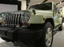 Wrangler-supplies-life-support-to-Chrysler