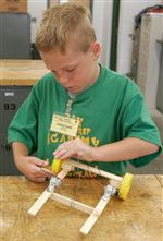 Robot-wars-wires-kids-to-solve-technical-issues-problems-2