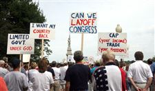 Tea-party-protest-in-Perrysburg-targets-extent-of-federal-spending-2