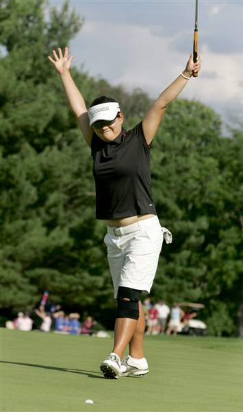 Eunjung-Yi-triumphs-over-Pressel-on-first-hole-of-LPGA-playoff-2