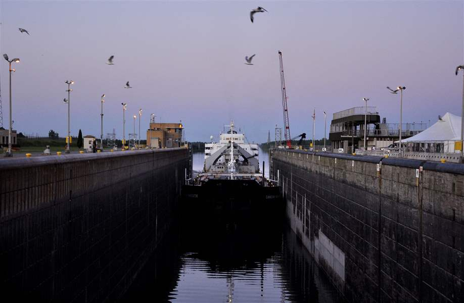 Size-of-St-Lawrence-seaway-limits-traffic-trade
