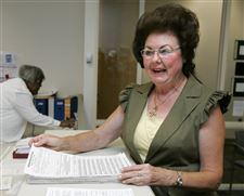 Covey-is-1st-candidate-to-file-Toledo-mayoral-petitions