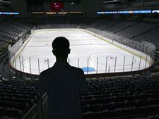 Walleye-season-ticket-holders-tour-brand-new-Lucas-County-Arena