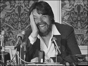 Seger at a press conference in 1983.