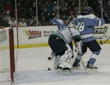 Sawyer-s-goal-lifts-Walleye-in-overtime