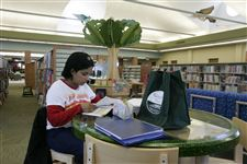Renovated-Toledo-Lucas-County-library-branch-opens