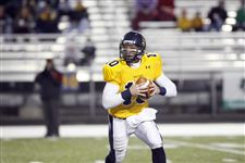 Sidelines-Whitmer-looks-to-add-to-championship