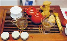 Cups-of-tradition-Perrysburg-woman-practices-tea-ceremony-of-her-native-China-2