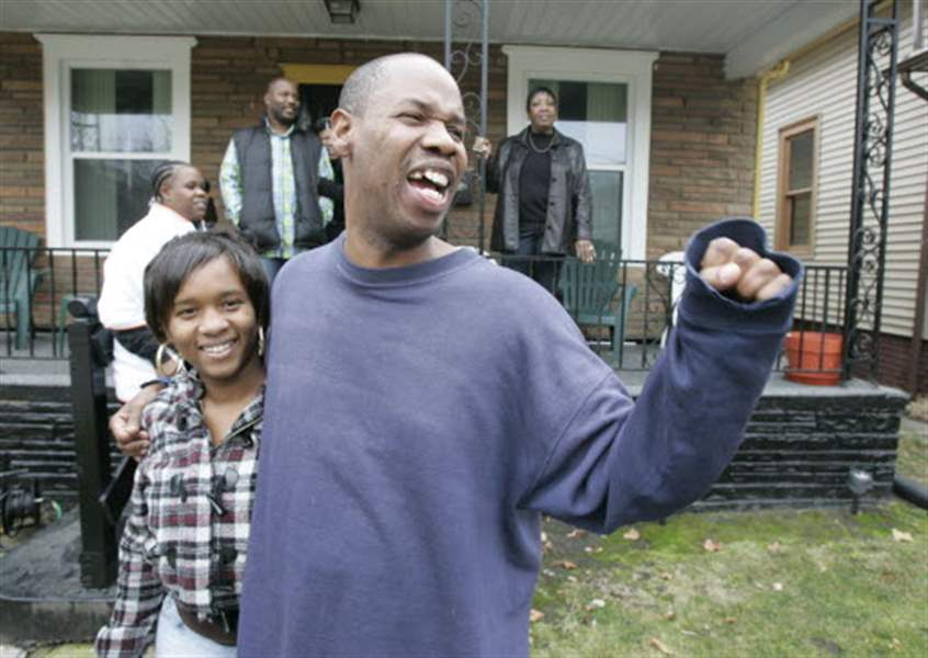 Friends-family-greet-Toledo-man-after-13-years-behind-bars-2