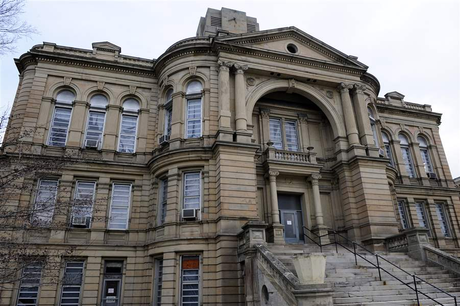 Commissioners-say-they-will-release-money-to-Seneca-County-Courthouse-group