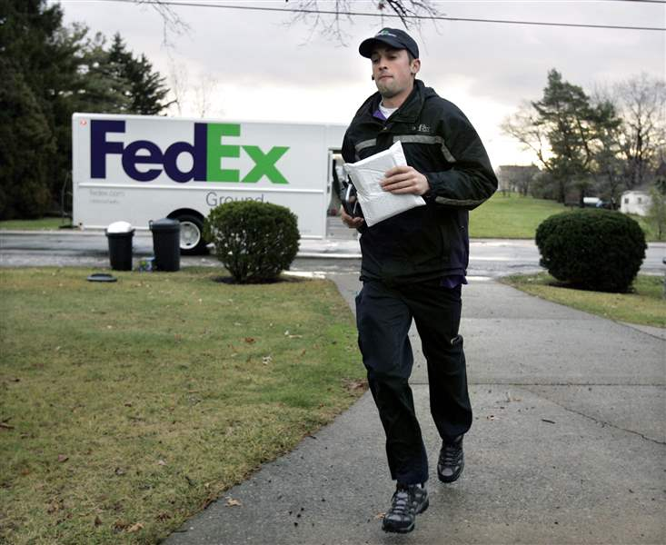 Delivering-the-holidays-FedEx-UPS-step-up-business-2