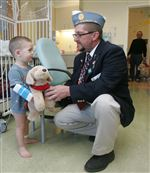 Cuddly-canines-are-big-hit-with-ailing-kids-at-Toledo-Hospital