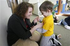 Autism-programs-focus-on-early-intervention