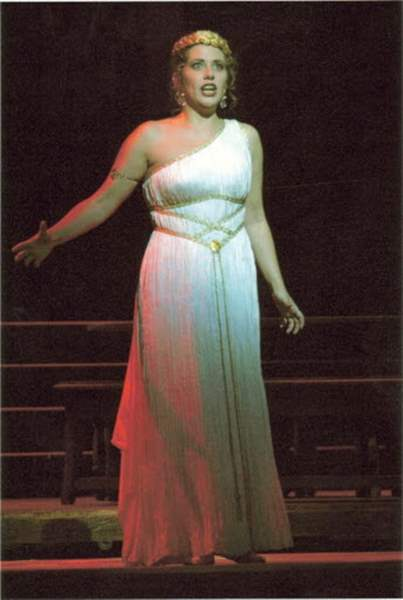 Toledo-Opera-brings-8216-Lucretia-to-the-stage
