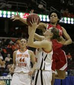 Strong-post-play-lifts-BGSU-women-past-Miami-2