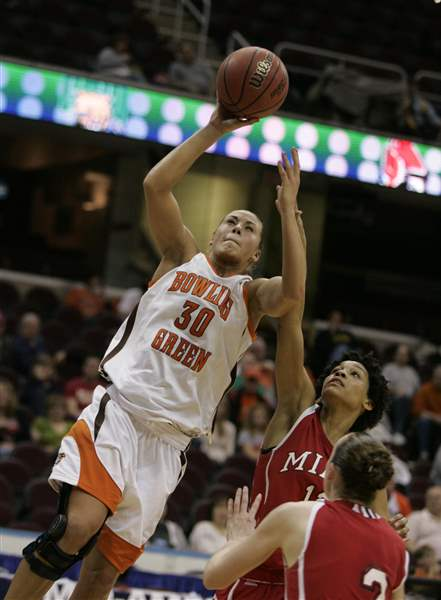 Strong-post-play-lifts-BGSU-women-past-Miami