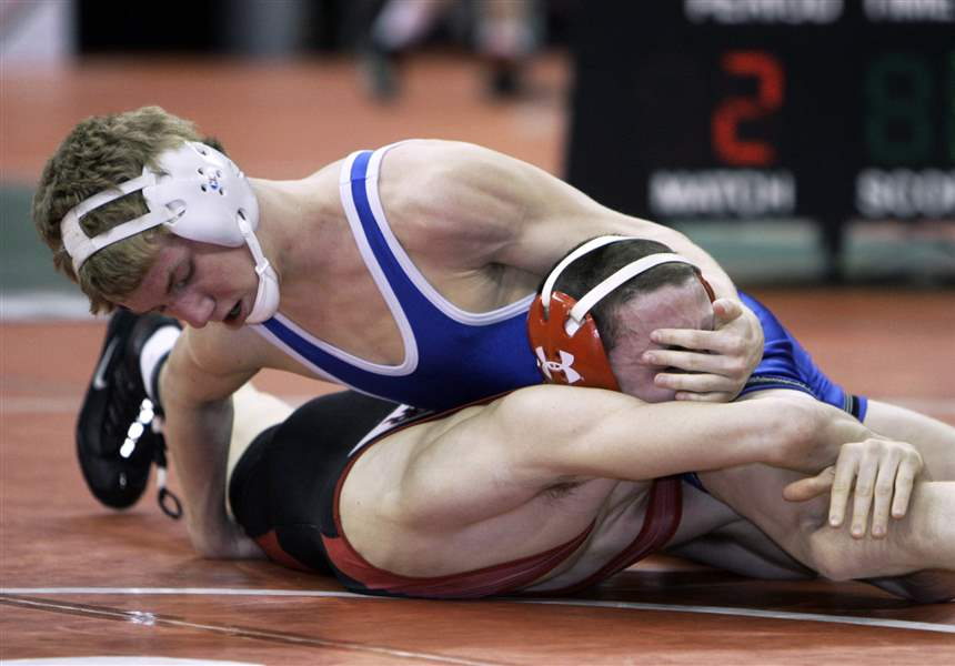 Sidelines-Champions-and-winners-at-state-wrestling-meet