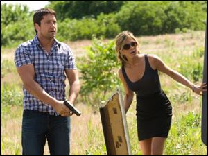 Gerard Butler and Jennifer Aniston in 'The Bounty Hunter'