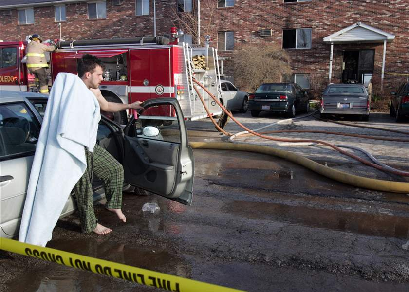 1-person-killed-in-North-Toledo-apartment-fire