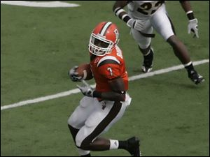 Freddie Barnes set an NCAA record with 155 catches last season for Bowling Green.