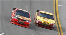 Kevin-Harvick-Jamie-McMurray