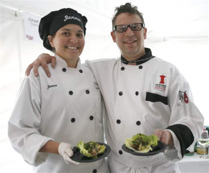 Celebrity-chefs-local-restaurants-cook-up-delicious-fund-raiser-2