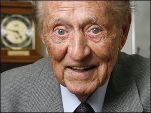 "Art Linkletter, who hosted the popular TV shows ""People Are Funny"" and ""House Party"" in the 1950s and 1960s, died Wednesday, May 26, 2010 at his home in the Bel-Air section of Los Angeles."