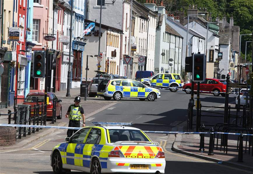 Taxi-driver-shoots-12-dead-wounds-25-in-Britain