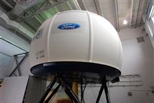 Ford-s-simulator-makes-safety-testing-a-reality-2