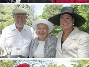 Having some fun in the garden, left to right: top, honorees Susan Reams and Pat Scheuer; middle, Jim Larson, Posy Huebner and Anne Huebner; bottom, Sara Jane Dehoff and Betsy Kelsey.